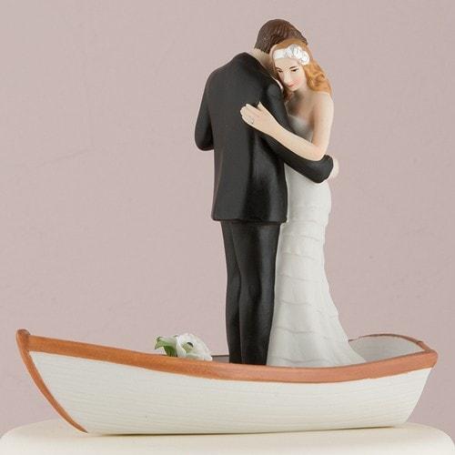 "PORC_048.-Figura de pastel ""Bote del amor""."