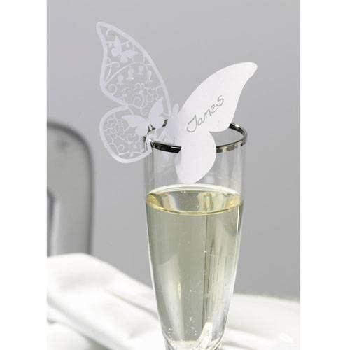 Mariposas para copas, un detalle para los invitados.