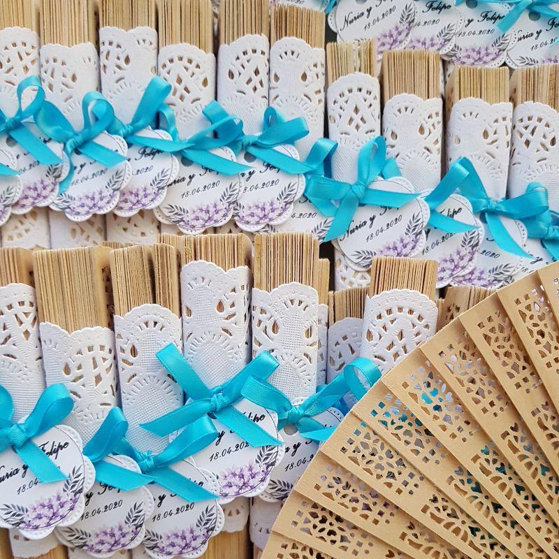 Abanico de sándalo personalizado para boda (colores de listón disponibles)