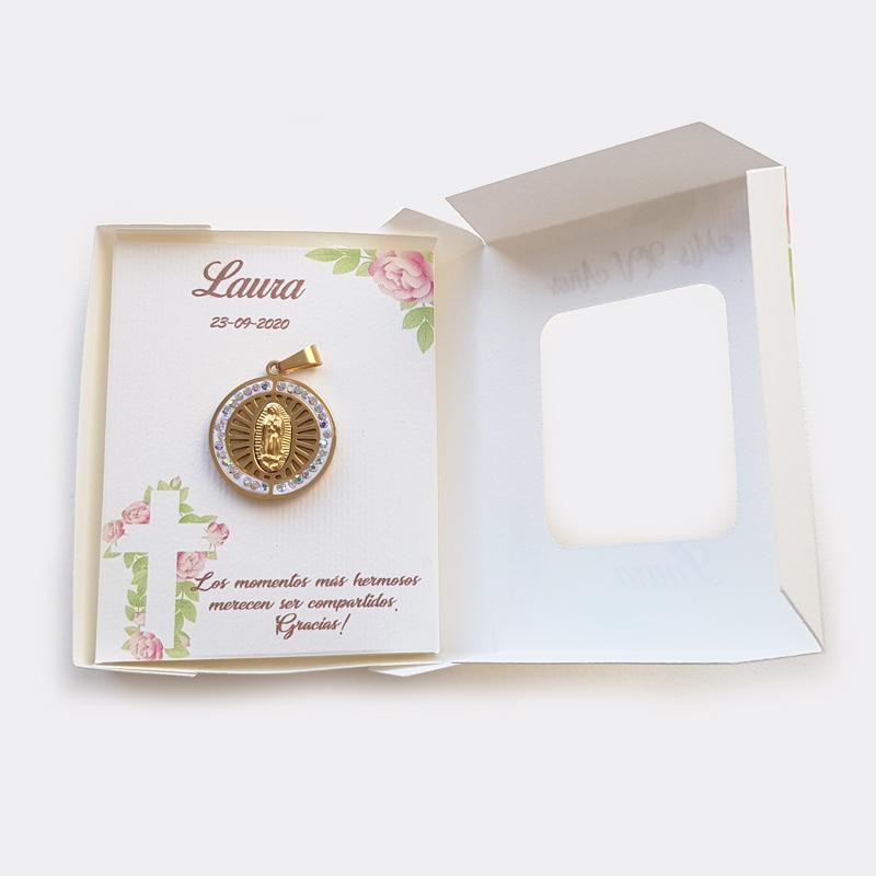 Cajita con medalla de Virgen de Guadalupe