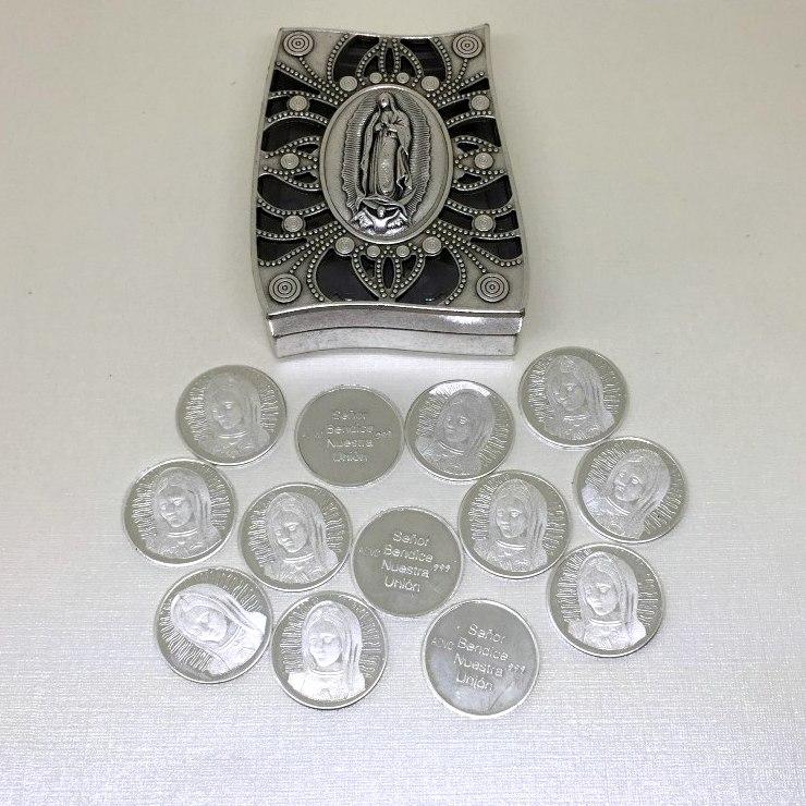 Cofre italiano grecas con arras en plata Virgen de Guadalupe