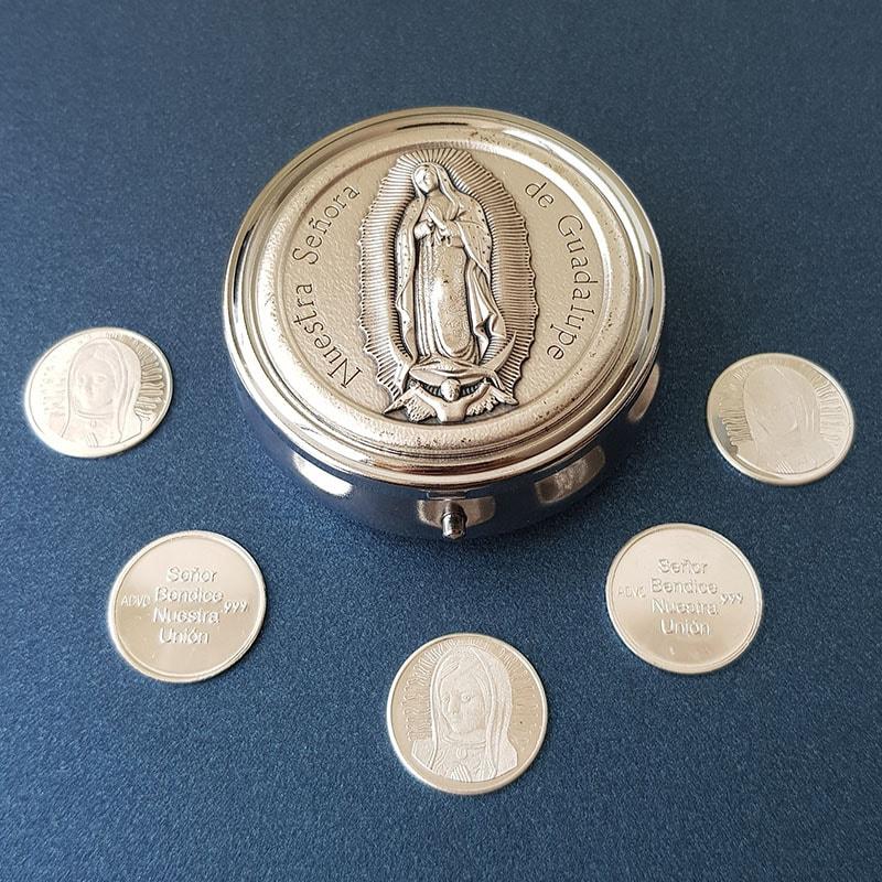 Cofre Italiano Nuestra Señora con arras en Plata Virgen de Guadalupe