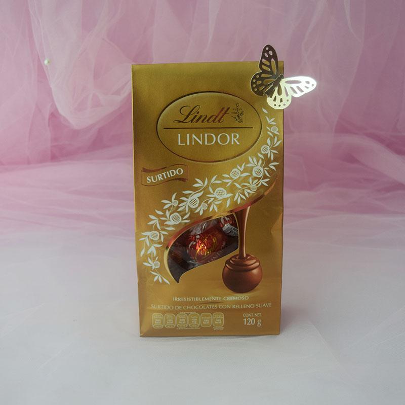 Detalle de chocolates y té, Tiempo de té y Amor