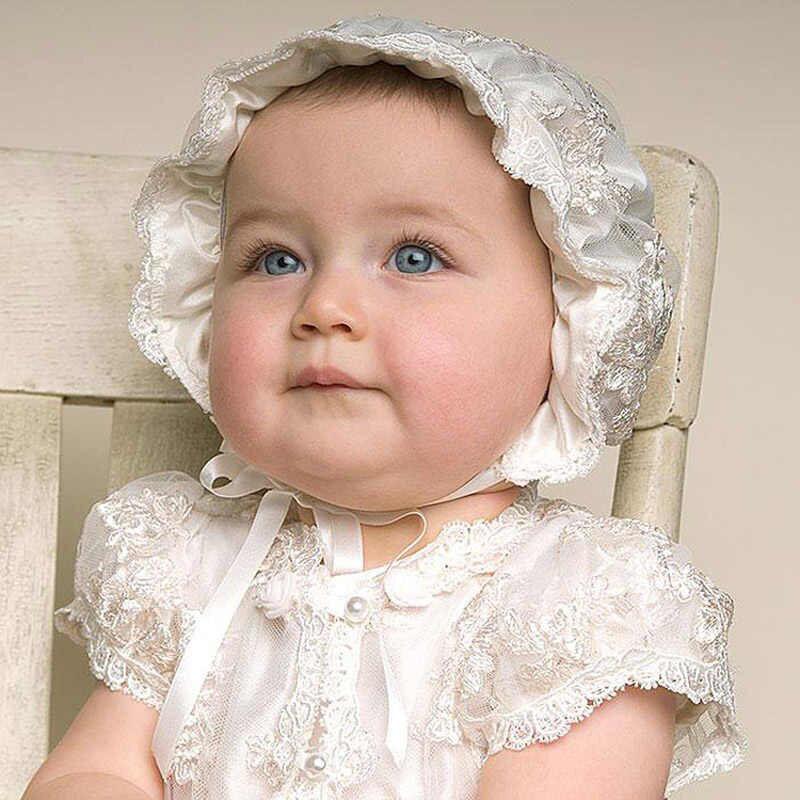 Ropon de Bautizo para niña estilo Europeo con gorro