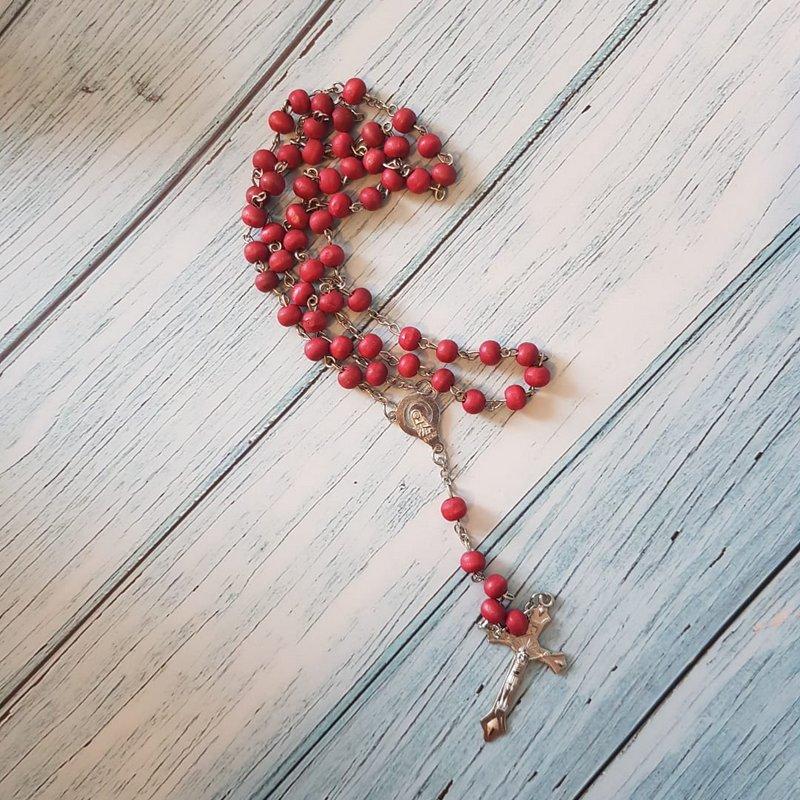 Rosario de palo de rosa, caja Blessing, luctuoso.
