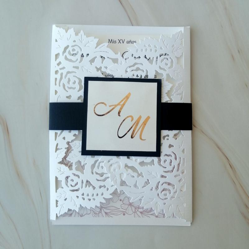 Invitación boda con foil floral love (pedido mínimo 25 piezas)